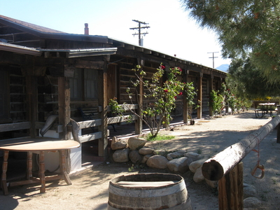 Pioneertown_Motel