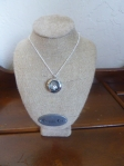 Easel pendant necklace