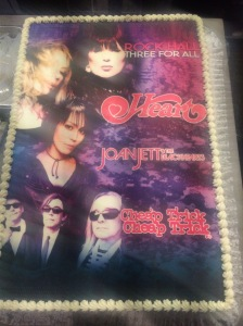 The cake backstage at the Forum.